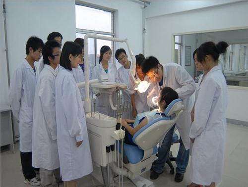 石家庄冀联医学院有没有3+3口腔医学专业?