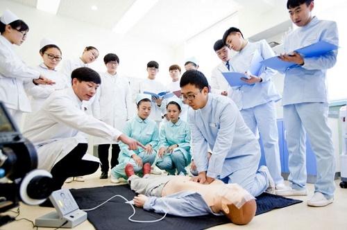 石家庄冀联医学院2021年护理专业开始报名了!